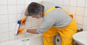 How to Silicone a Bath / Shower Tray - What is the Best Shower Sealant